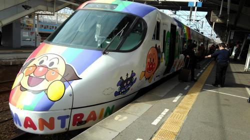 アンパンマン列車.jpg