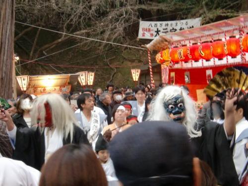 吉田神社(節分祭の鬼).jpg