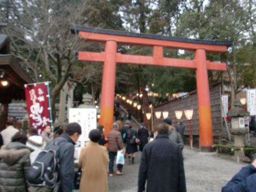 吉田神社の鳥居.jpg