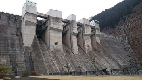 日吉ダム下から.jpg