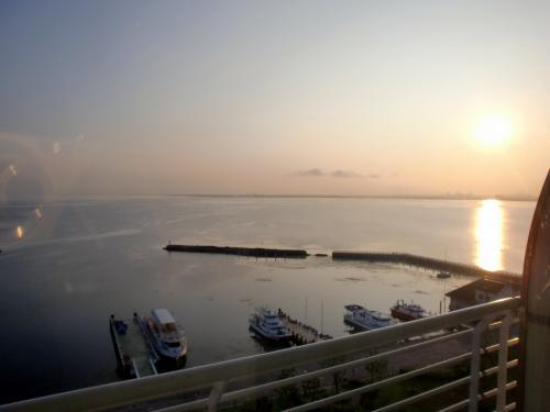 琵琶湖ホテル(日の出).jpg
