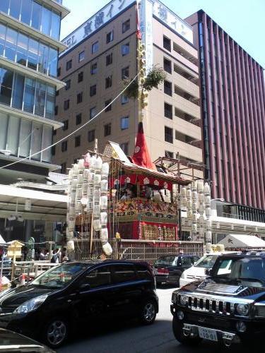 祇園祭、午前の長刀鉾1.jpg
